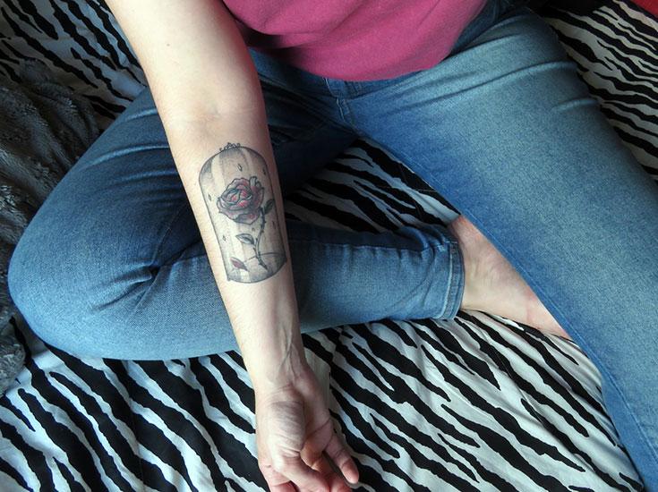 tatuagem a bela e a fera